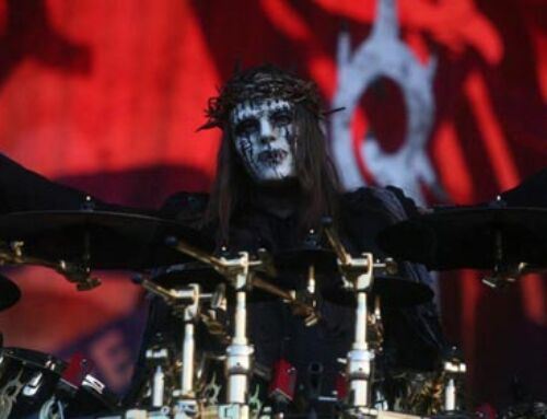SLIPKNOT, è morto l'ex batterista e fondatore Joey Jordison. Il dolore dell'intera scena musicale.